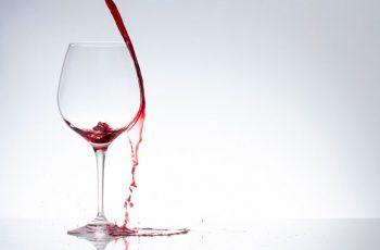 Erros cometidos ao tomar vinho